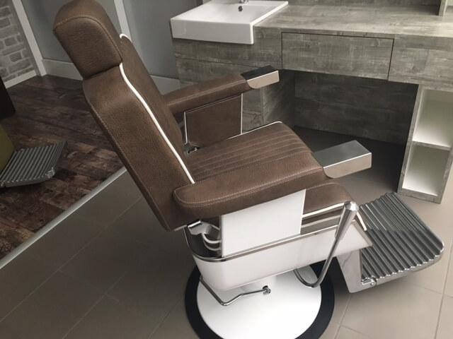 Poltrona barbiere: poltrona da barbiere complementi modernariato